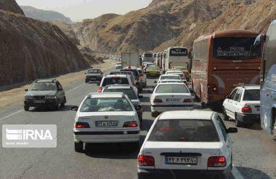 رئیس پلیس راه کشور خبر داد: جاده مهران از عصر جمعه به سمت ایلام یکطرفه میشود