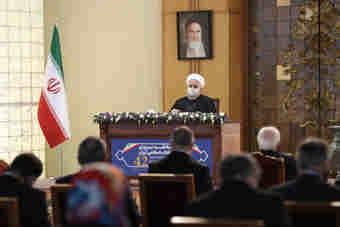 رییس جمهوری در دیدار سفرای خارجی مقیم تهران: روحانی: هیچ کس از ایران توقع برداشتن گام اول تعهدات را نداشته باشد