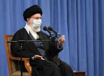 رهبر معظم انقلاب: مجلس و دولت اختلافنظرشان را حل کنند/در قضیه هسته ای عقب نخواهیم نشست
