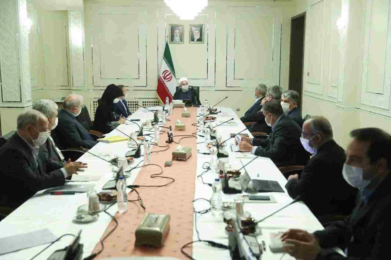 در جلسه کمیتههای تخصصی ستاد ملی مقابله با کرونا مطرح شد؛ روحانی: تصمیمات کارشناسانه و علمی ستاد ملی کرونا برای همه لازمالاجرا است