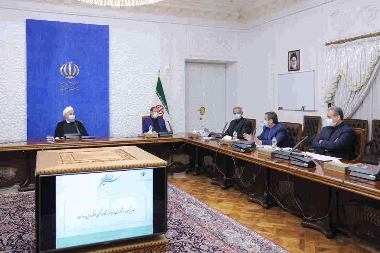 در جلسه ستاد هماهنگی اقتصادی دولت؛ روحانی: اجازه نمیدهیم تکانههای اقتصادی توسعه کشور را تحت تأثیر قرار دهد